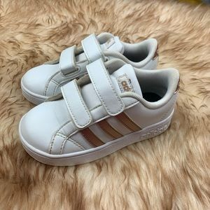 Adidas Classics Stripe Rose Gold Sneakers Size 8